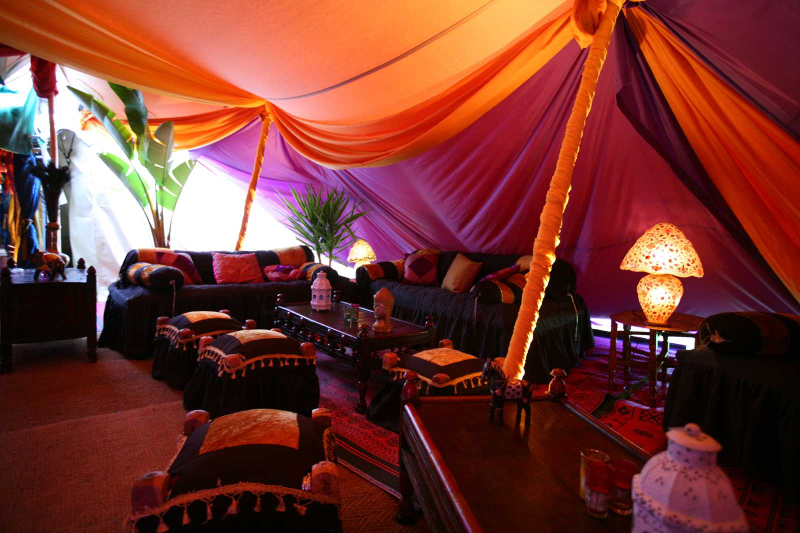 Marquee decoration decorating marquees across the uk save junglespirit