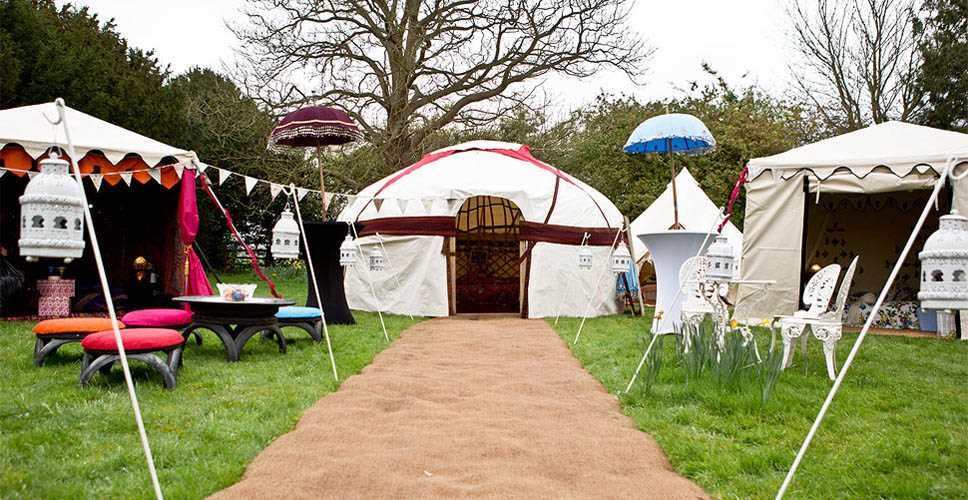 Save & Festival Weddings - Hire a marquee for a festival wedding ...